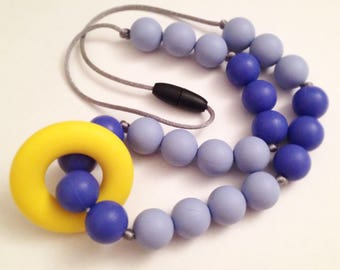 124 - Big necklace blue and yellow adult