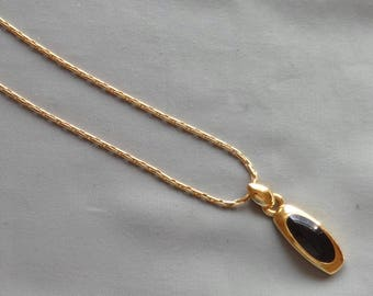 Vintage Black Onyx Inlaid Pendant Gold Plated Necklace