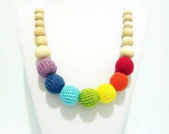 Breastfeeding rainbow necklace nursing for mother baby maternity gifts new babies teether small baby gifts crochet wooden beads multicolored
