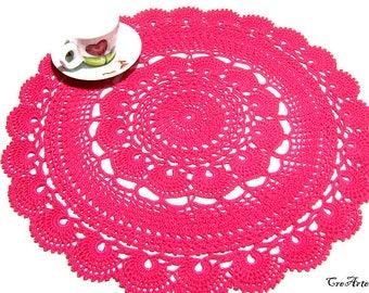 Large Hot Pink crochet doily, centrino grande fucsia all'uncinetto