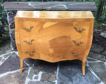 Italian Burlwood Bombe Chest with Drawers