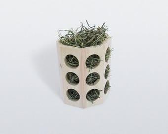 Semi-Octagonal Hay Feeder