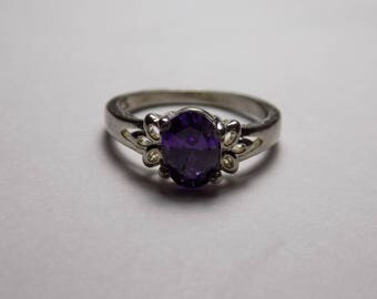 Purple sterling silver ring size 6