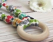 Organic teething necklace with wood teething ring - Nursing necklace - Rainbow baby gift - Statement necklace - Rainbow jewelry - New mom