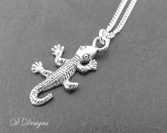 Lizard Necklace, Silver Lizard Pendant, Lizard Charm Necklace, Silver Charm Necklace, Silver Necklace, Trendy Necklace