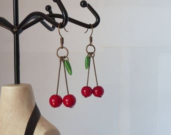boucles d'oreilles cerises pinup rockabilly tattoo tatouage cherries earings pin up inked girl girls adaptables en clips