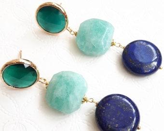 Earrings with Amazonian stones and lapis lazuli