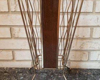 Metal Wire Umbrella Stand Wood Basket Home Rain Decor Office Art Deco Mid Century Modern Retro Vintage