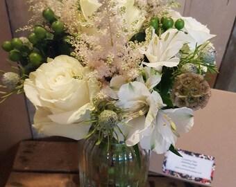 Fresh Flowers - Country Splendor - Flowers - Letterbox Posies - Letterbox Flowers - Real Flowers