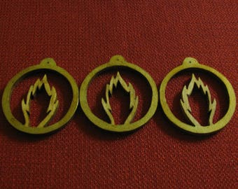3 Wooden Round Flame Ornaments