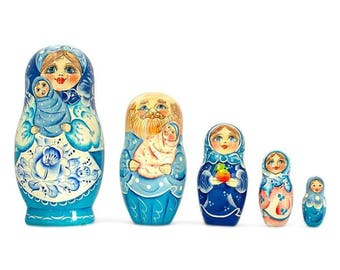 7'' Set of 5 Newborn Baby Wooden Russian Nesting Dolls
