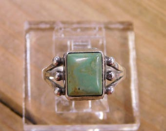 Vintage Turquoise Sterling Silver Ring Size 7 3/4