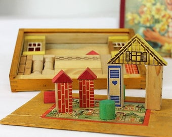 Vintage Building Block Toy/1950's Building Blocks/Wooden Block Houses/Childrens Toy (Ref1985H)