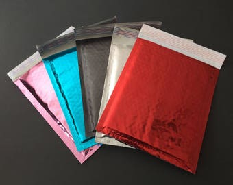 50 6x9 YOU CHOOSE Metallic Bubble Mailers Size 0 Red Black Teal Pink Silver Self Sealing Shipping Envelopes