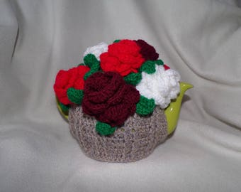 crochet flower tea cosy for a 6 cup teapot harvest with red/white roses
