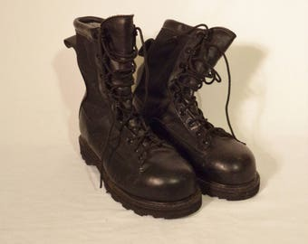 Matterhorn leather combat boots// Black goth 90s punk military Gortex insulated water proof// Womens size 6.5 USA