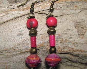 Earrings pink pearls and linen