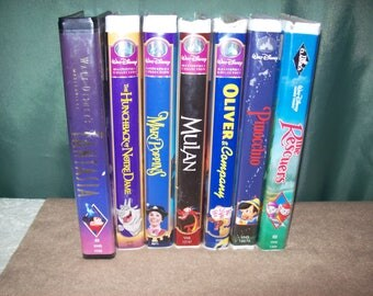 Lot of 7 Disney VHS Tapes~FANTASIA~Hunchback of Notre Dame~Mary Poppins~Mulan~The Rescurers~Oliver & Company and PINOCCHIO