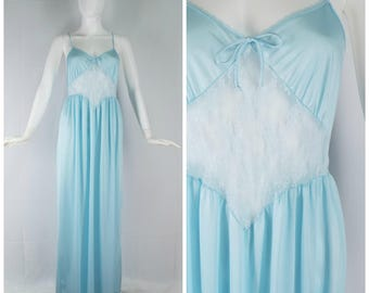 Vintage Womens 1980s Light Blue Full Length Nightgown with Sheer Lace Midriff | Size M