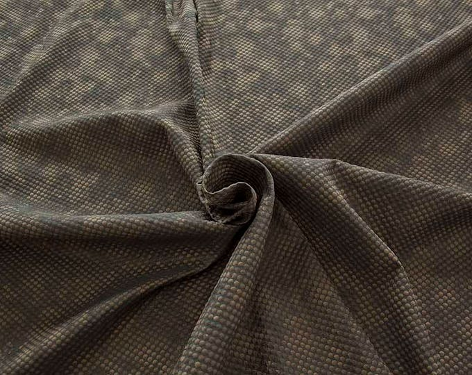 990061-023 Brocade, Co 53%, Pl 37%, Pa 10%, width 140 cm, made in Italy, dry cleaning, weight 279 gr