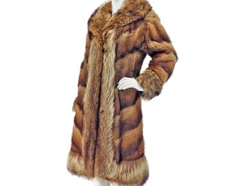 70s Fur Coat S M, Boho Fur Coat, Chevron Fur Coat, Blue Mist Muskrat, Raccoon Trim, Genuine Fur Coat, Winter Coat, 1970s Boho Coat, SIZE S M