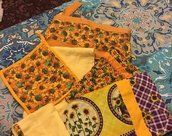 Sunflowers kitchen accesories