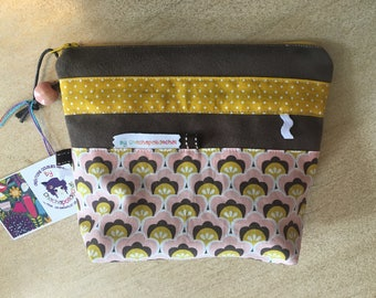 Toiletry bag, clutch purse makeup * on order - fabric choices *.