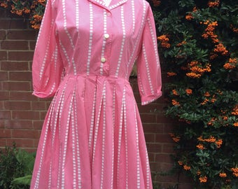 1950's Pink and white day dress.