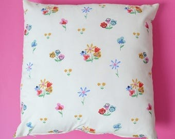 Square cushion in organic cotton
