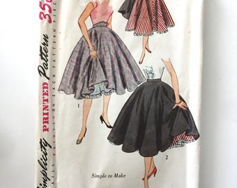 1950s Vintage #3813 SIMPLICITY Clothing Pattern Women Teen Poodle Circle Skirt