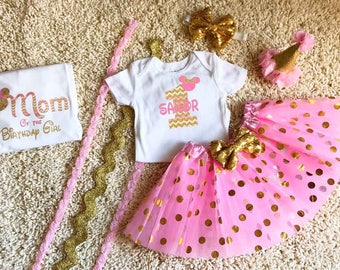 Mom Mommy Shirt Girl Pink and Gold Minnie Mouse Birthday Mom Girl Shirt Tutu Boutique Hat Personalized Matching Pink Gold Disney Birthday