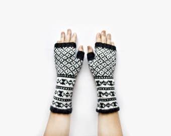 Fair Isle Fingerless Gloves -  Black&White Fingerless Mittens - Fingerless Wool Gloves - Knit Arm Warmers