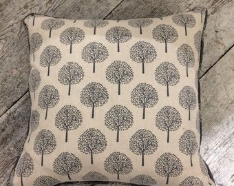 Feather filled mulberry tree linen fabric cushion,