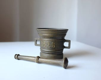 Vintage Mortar, Antique Mortar and Pestle, Brass Mortar and Pestle, Pharmacy Mortar, Medicinal Mortar and Pestle
