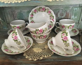 Sale !!! Beautiful colclough pink roses tea for four set' creamer /sugar bowl / four duos