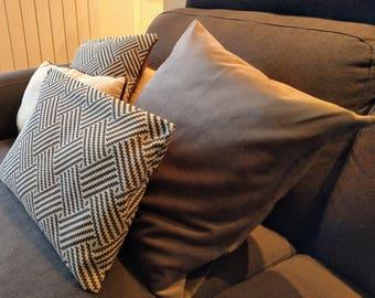50 x 50 velvet pillow cover