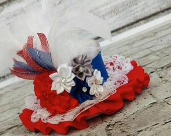 On sale this week only Adorable 4th of July mini top hat,baby mini top hat,4th of July photo props,patriotic pageant wear,girls mini top hat