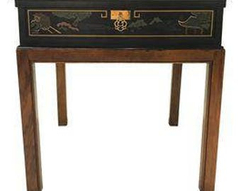 Drexel Heritage Chinoiserie Chippendale Side Table