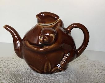Funny Monkey teapot