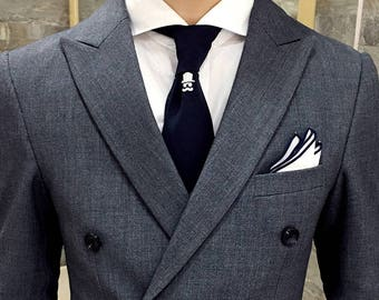 Men's Double Breasted Grey Suit with Peak Lapels
