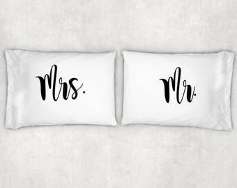 Mr. And Mrs. Pillow Case Set Couples Pillow Case SetCustom Pillow & Couples pillow cases | Etsy pillowsntoast.com