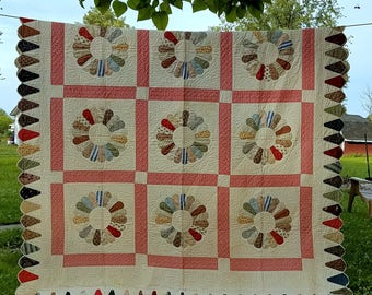 1930's Dresden Plate Scalloped Edge Hand Stitched Double/Queen Quilt-Never Washed