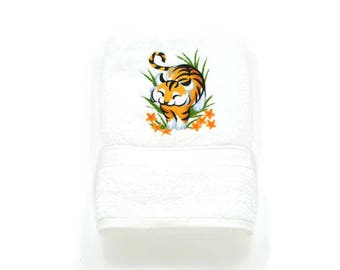 Towel shower Tiger machine embroidery machine, embroidery handmade personalized gift, linen, linen embroidered, bath