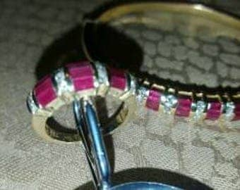 18 k gold ring with rubies and diamonds