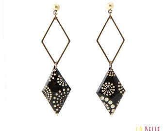double Stud Earrings diamond, circle black dots pattern resin Medallion