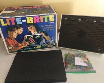 Vintage 1967 Lite Brite Comes with Original Box, Disney patter and  309 Pegs WORKS!!!