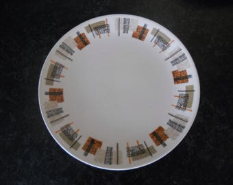 Johnson Bros 1950/60s dinner plate from their Snowhite range 1950s abstract geometric design in orange, green, black, vintage, mid century