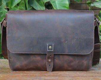 Classic Messenger - Leather Laptop Bag