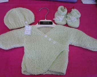 all vest hides green heart and hat and booties newborn