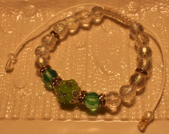 Beautiful Crystal, Peridot & glass-beaded bracelet in clear and green; handmade, shamballa, beadweaving, cute, casual-wear, party-wear